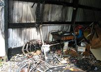 060819-FIRE_Daves_Shed_010-small